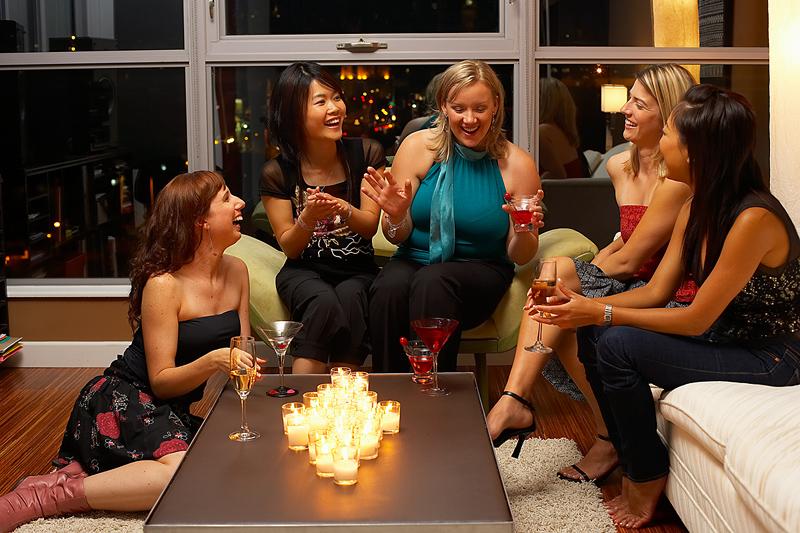 socializing-women